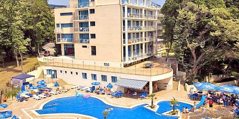 hotel-holiday-park-złote-piaski