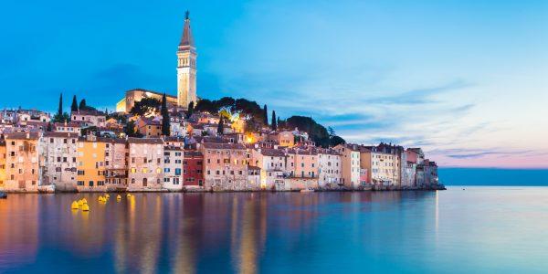 Horvaatia võlub kristallsinise vee ja kaljudega
