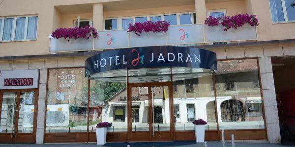 Hotell Jadran 3*, comfort tuba hommikusöök
