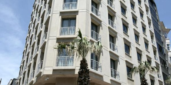 Linnapakett hotellis Tunel Residence 5*