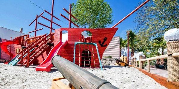 Bicaz Pirates Resort, Mamaia
