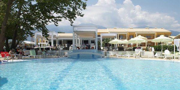 Litohoro Olympus Resort Villas & Spa 4*, 04.06.2019, hommiku- ja õhtusöök