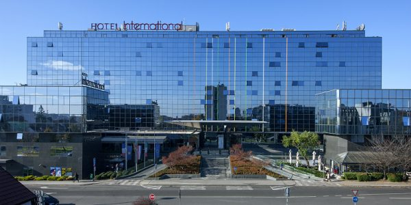 Hotell International 4*, deluxe tuba hommikusöök