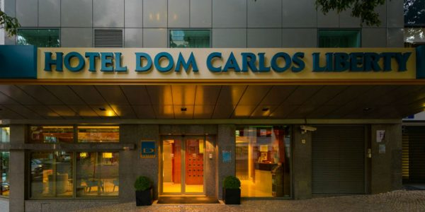 Hotell Dom Carlos Liberty 3*, hommikusöögiga