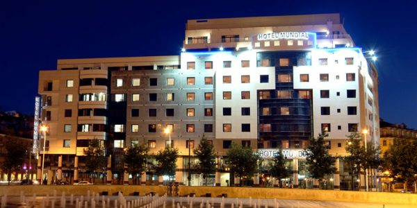 Hotell Mundial 4*, hommikusöögiga