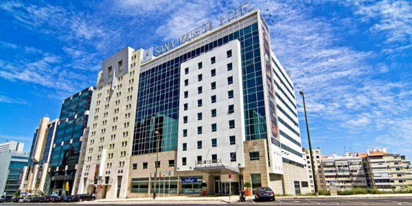 Hotell Sana Malhoa 4*, hommikusöögiga