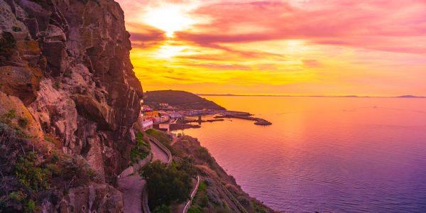 Maalehe lugejareis Sardiiniasse