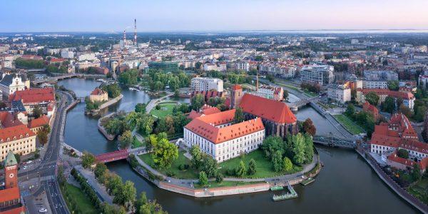 Ringreis Poolas omal käel